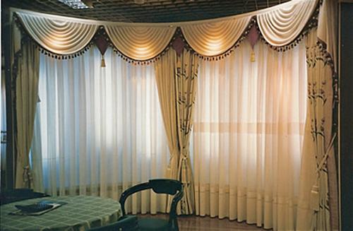 Cortinas decorativas en hermosillo 1 decoraciones suro for Cortinas decorativas para puertas