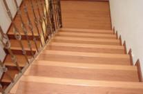 Piso Laminado en escalera Hermosillo 2 – Decoraciones Suro